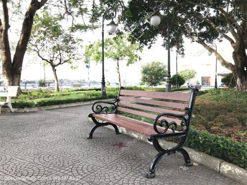 Ghế công viên bằng gang đúc giá cả cạnh tranh